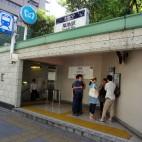 東京メトロ日比谷線・築地駅